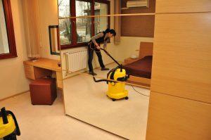 На какви цени можем да си осигурим почистване по домовете в София
