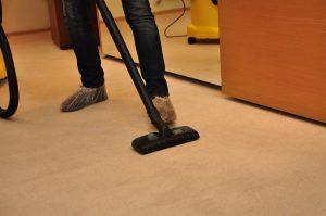 Почистване на килими с подръчни средства – мисията възможна