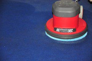 3 полезни качества на четката за ръчно почистване на мокети