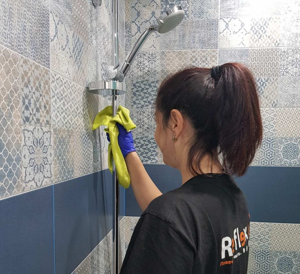 почистване на баня