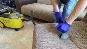 Защо успешните фирми за чистене държат на последен модел почистваща техника