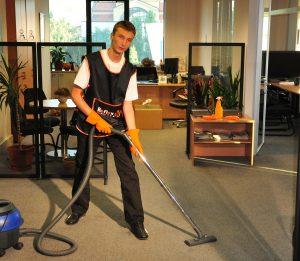 Почистване на меки подови настилки